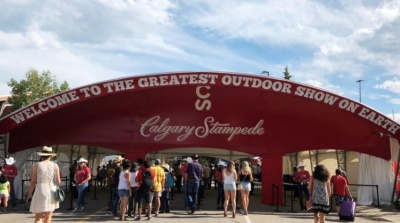 "alt=""Parties grow at Calgary Stampede as firm oil prices slowly boost spending"""