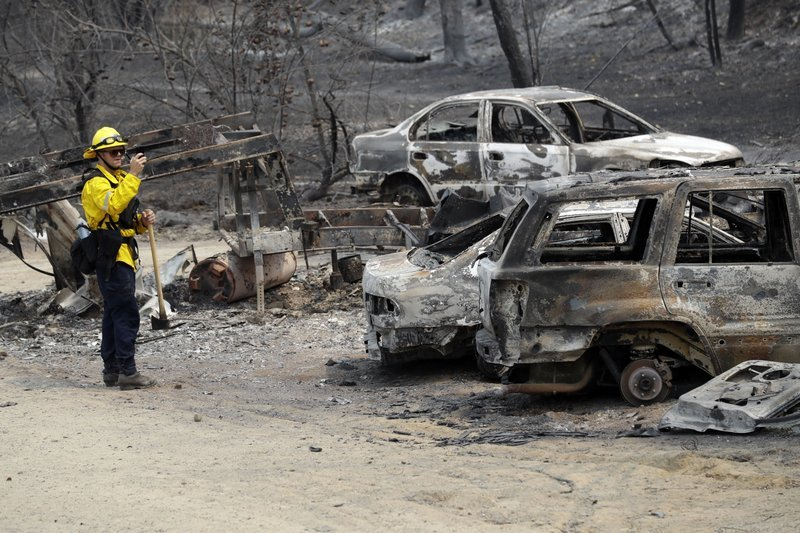 "alt=""Hope grows as deadly Northern California blaze slows down"""