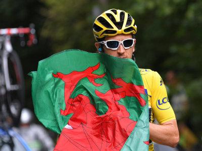 """alt=""""Welsh Cyclist Geraint Thomas Wins Tour De France"""""""