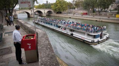 "alt=""Paris baulks at 'horrible' eco-friendly public urinals"""