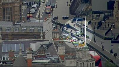 """alt=""""Westminster car crash: Man arrested on suspicion of terror offences"""""""