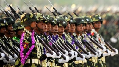 """alt=""""Myanmar Rohingya: UN says military leaders must face genocide charges"""""""