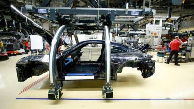 """alt=""""Porsche stops making diesel cars after VW emissions scandal"""""""