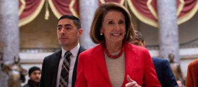 "alt=""Trump grounds Pelosi after she imperils his big speech"""