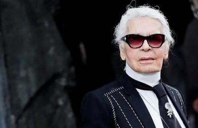 """alt=""""Karl Lagerfeld, iconic Chanel fashion designer, dies"""""""