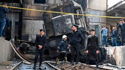 "alt=""Cairo station fire: Train crash causes deadly blaze"""