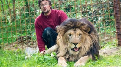 "alt=""Czech man mauled to death by lion he kept in back yard"""
