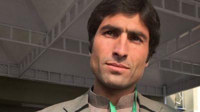 "alt=""Afzal Kohistani: Calls for justice after 'honour killing' activist's murder"""