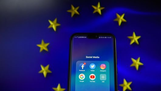"""alt=""""EU lawmakers approve copyright reforms that could have a big impact on Google, Facebook"""""""