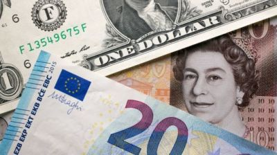 """alt=""""Sterling falls as British lawmakers fail to find an alternative to Brexit"""""""
