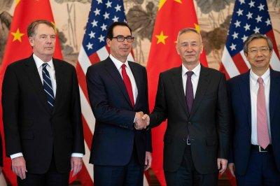 "alt=""U.S. Hails Progress in China Talks Amid Push to Close the Deal"""