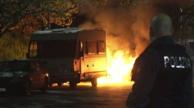 """alt=""""Violent protest in Italy after Roma families moved"""""""