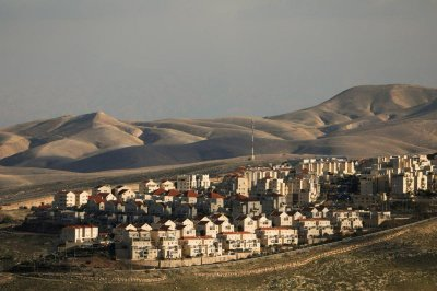 """alt=""""Israel's Netanyahu says plans to annex settlements in West Bank if reelected"""""""