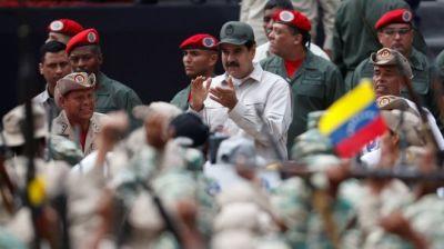 """alt=""""Venezuela crisis: Maduro calls for million more militia members"""""""