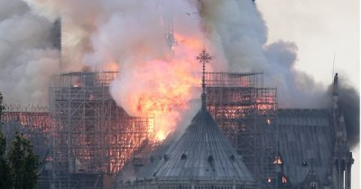 """alt=""""Famed Notre Dame cathedral in Paris is ablaze, firefighters say"""""""
