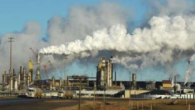 """alt=""""Oilsands CO2 emissions may be far higher than companies report"""""""