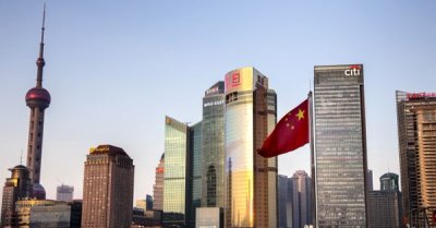 """alt=""""China & India will become asset management 'powerhouses,' top fund manager says"""""""