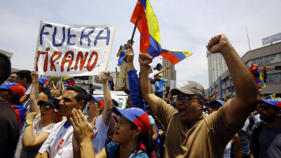 """alt=""""Russia's Lavrov Denies Moscow Asked Maduro Not to Leave Venezuela"""""""