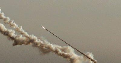 "alt=""Gaza conflict: Rocket barrage and Israeli strikes intensify"""