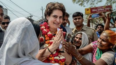 """alt=""""Priyanka Gandhi: Can Congress party's 'mythical weapon' deliver?"""""""
