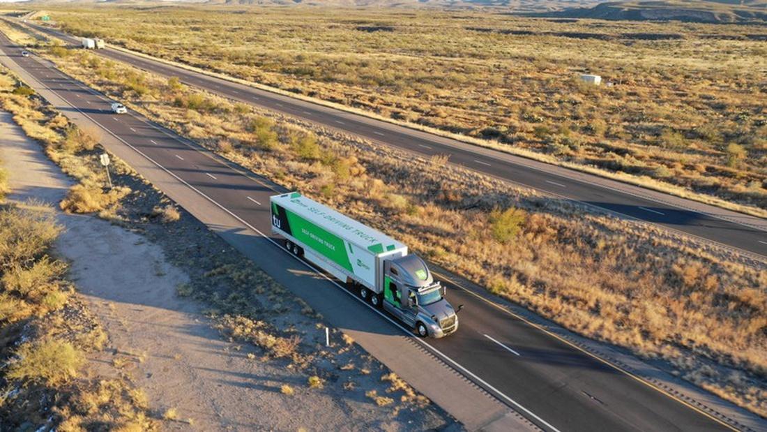"""alt=""""Self-driving trucks begin mail delivery test for U.S. Postal Service"""""""