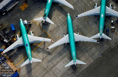 """alt=""""FAA says more than 300 Boeing 737 jets may have faulty wing parts"""""""
