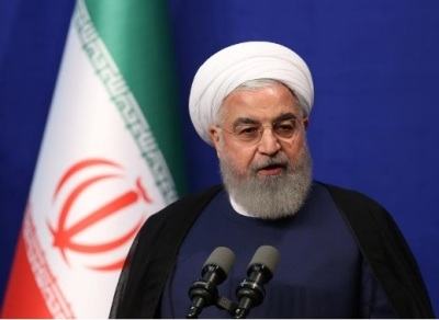 """alt=""""German minister lands in Iran in bid to save nuclear pact"""""""