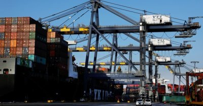 """alt=""""Busiest US port hit by 7th straight month of export declines amid escalating trade war"""""""