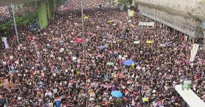 """alt=""""Hong Kong protest: 'Nearly two million' join demonstration"""""""