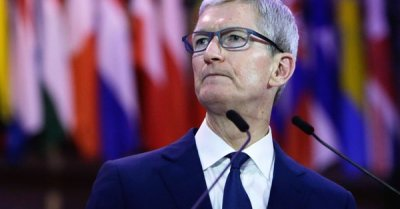 """alt=""""Tim Cook: Technology companies need to take responsibility for chaos they create"""""""