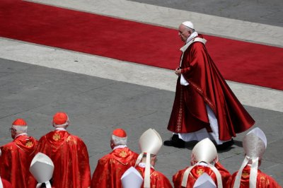 """alt=""""Vatican Opens Door to Limited Ordination of Married Men as Priests"""""""