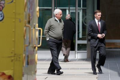 """alt=""""Key Aide Will Appear Alongside Mueller During Hearings"""""""