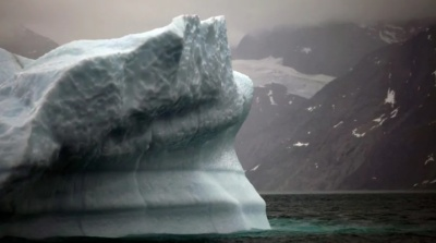 """alt=""""Europe's record heat wave moves toward Greenland, threatening world's 2nd largest ice sheet"""""""