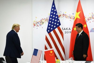 """alt=""""U.S.-China Talks Set to Resume, But Neither Seems Eager for a Deal"""""""