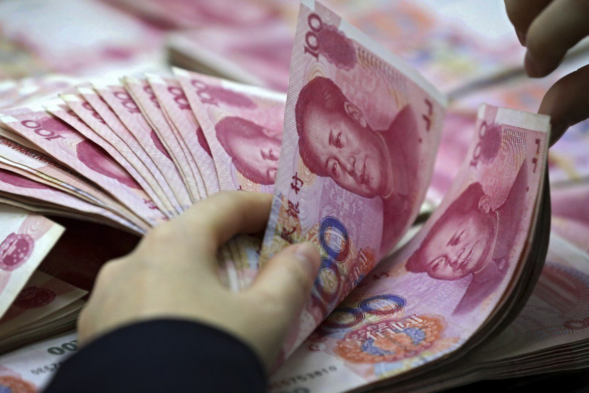 """alt=""""China's yuan just weakened to an important level"""""""