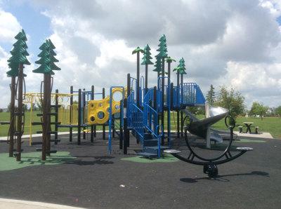 Hollick Kenyon Playground