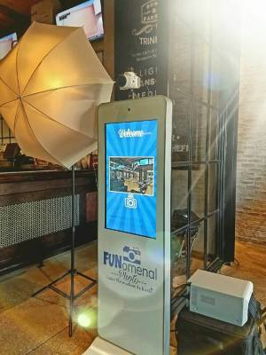 Photo Booth Rental Services