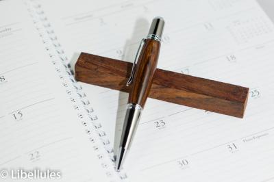 """<img alt=""""cocbolo wood parker pen"""">"""