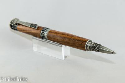 "<img alt=""brazilian rosewood parker music theme pen"">"