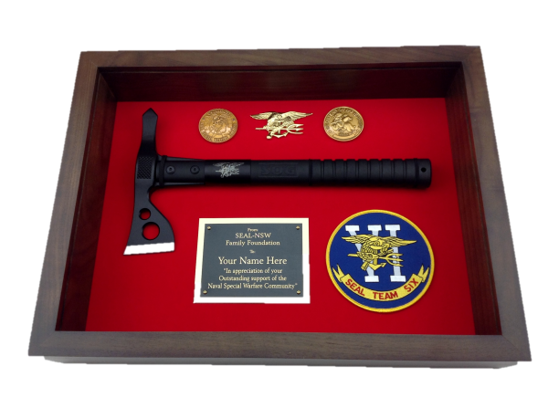 LARGE SHADOW BOX