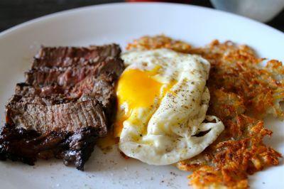 Steak & Eggs The Mezze Way!