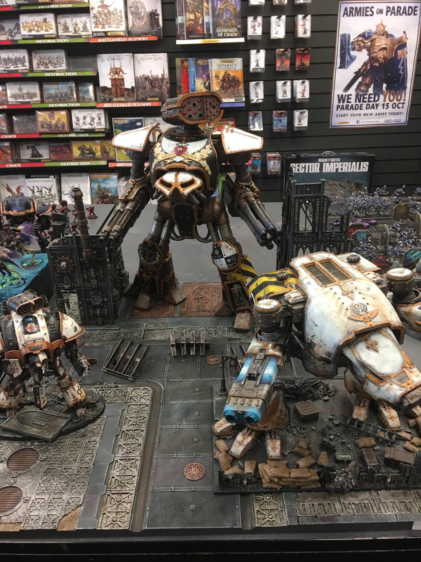 Reaver and Warhound Titans