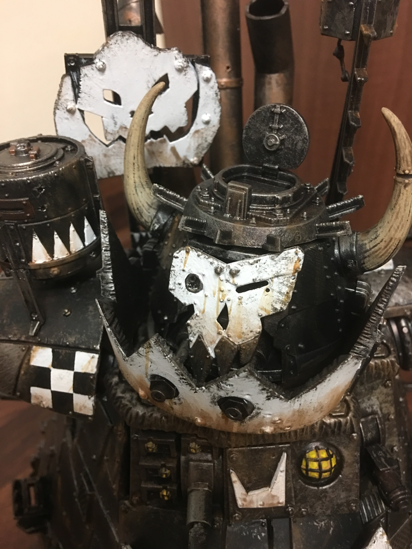 Ork Stompa has a face!