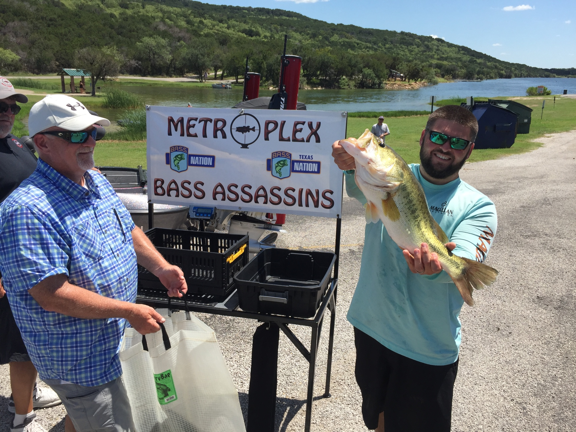 Derek Jones' pig on Possum Kingdom