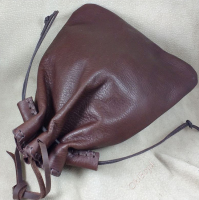 Tough leather bags are suitable for any items, including heavy items.
