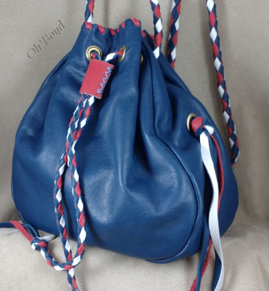 Choose one to three colors for this larger drawstring purse.