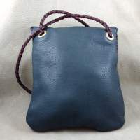 Quality hardware on Oh!Boyd purses.