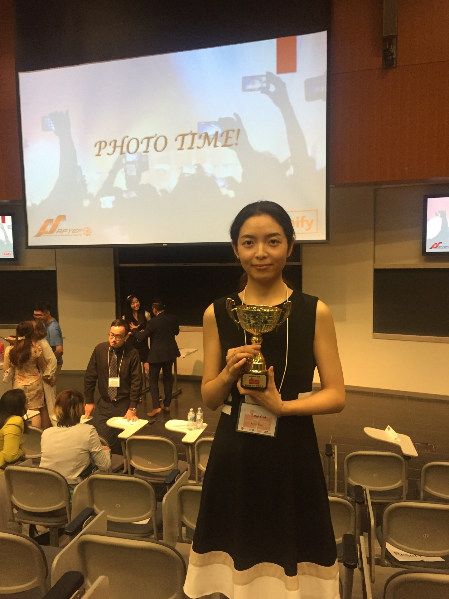 QuantWave Won She Loves Tech 2017 Canada Finals!