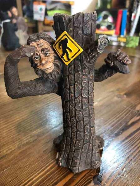 $8.99  Bigfoot Tree Peeker