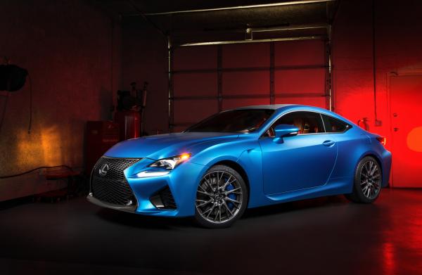 Striking Blue Lexus